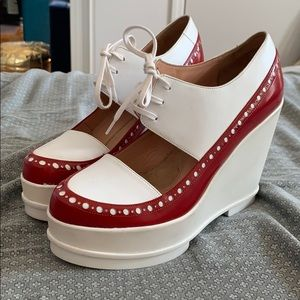 Wedge oxford brogue platforms white + red leather